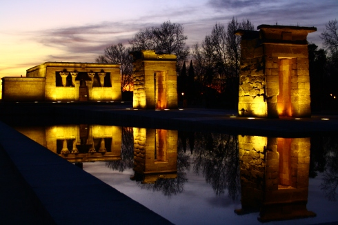 Templo_de_Debod,_templo_del_antiguo_Egipto