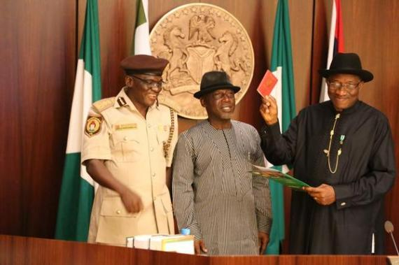 President-Jonathan-July-2014-BN-News-e-passport-July-2014-BellaNaija.com-91-3