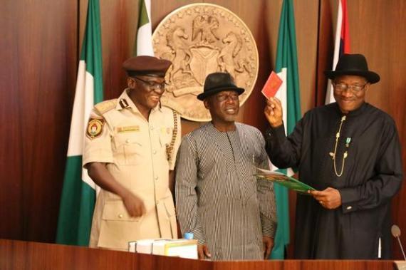 President-Jonathan-July-2014-BN-News-e-passport-July-2014-BellaNaija.com-91-3